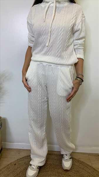 חליפת סריג אוברסייז לבן