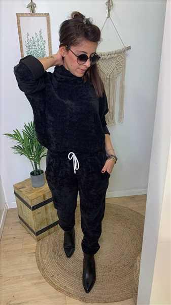 חליפת קטיפה שחור