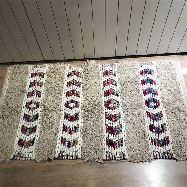 שטיח בוהו צבעוני שילוב פרנזים SOLD OUT