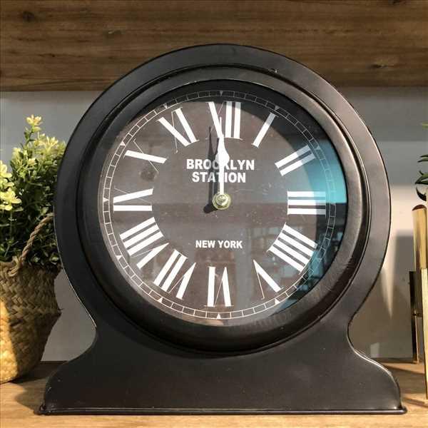 שעון שולחני מתכת