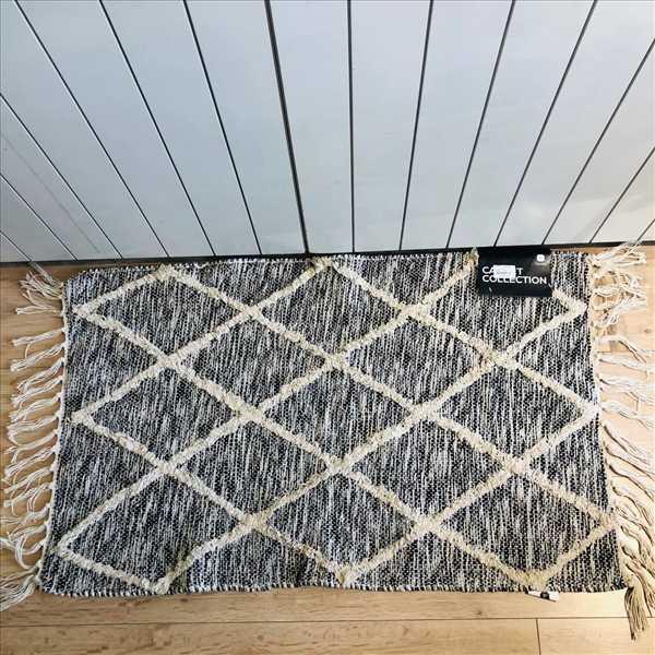 שטיח אמבטיה טריאנגל