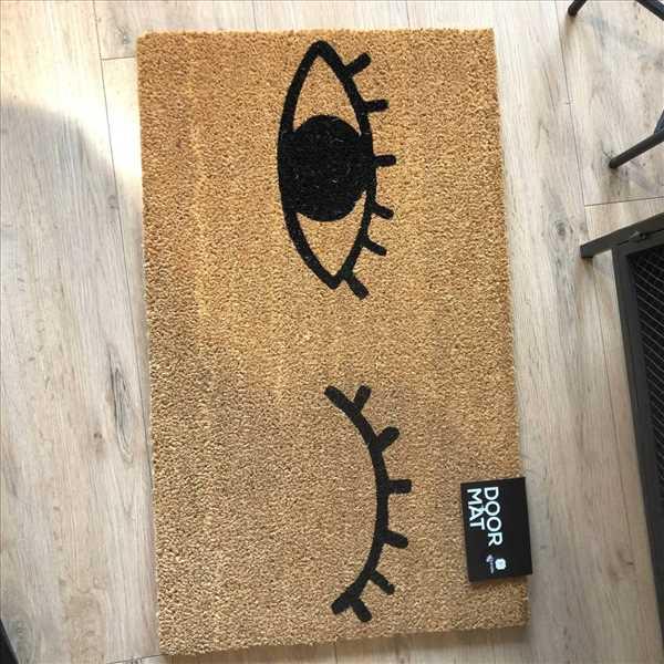 שטיח סף עיניים